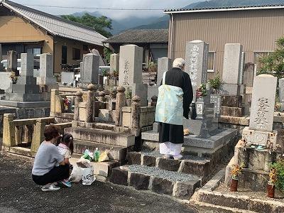お墓の再建工事